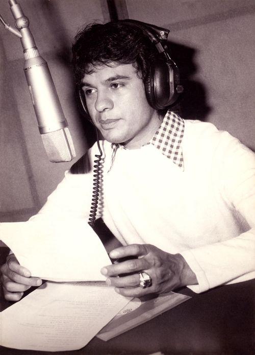 Juan Gabriel 9